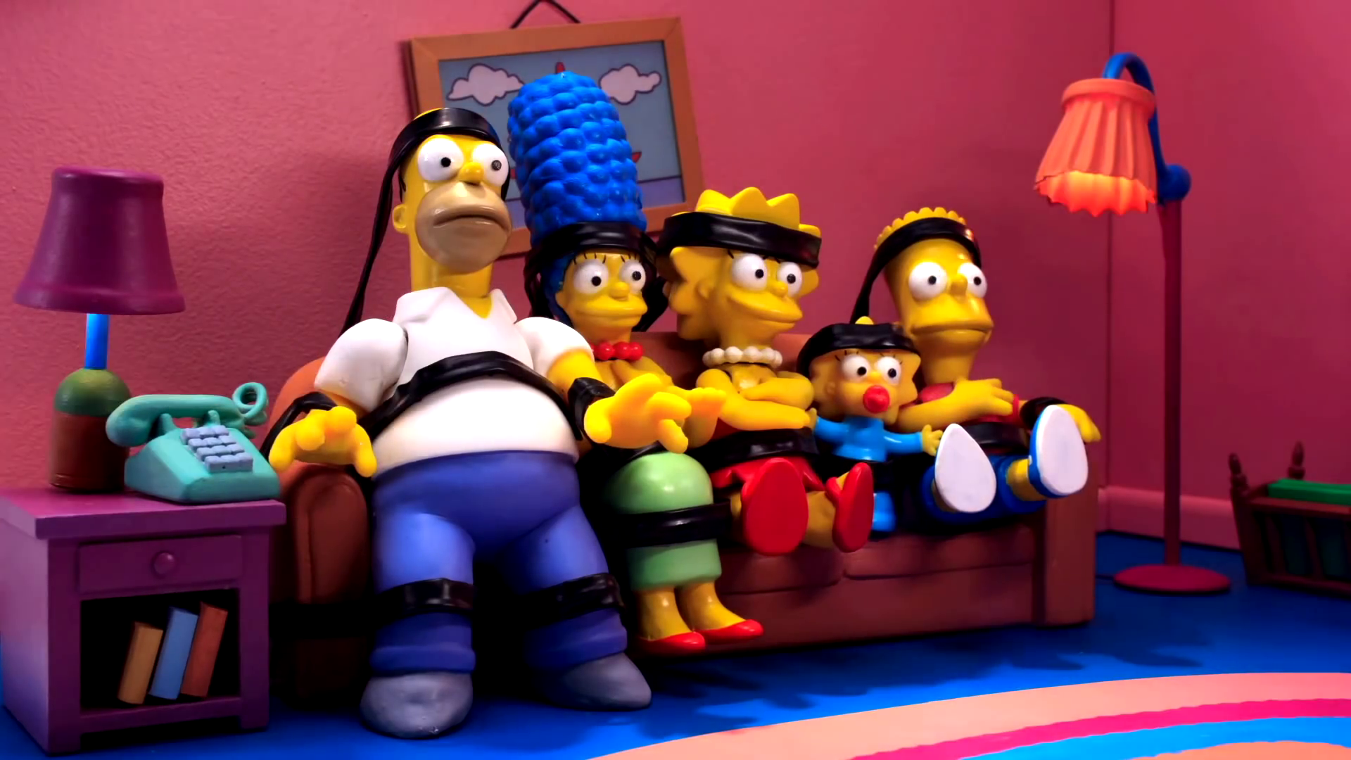 Robot Chicken couch gag.png