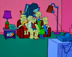 Treehouse of Horror V - couch gag.png