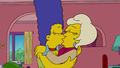Marge - Lindsey kiss.png