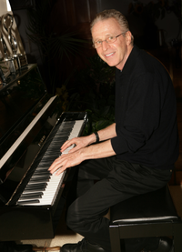 Alan Gordon.png