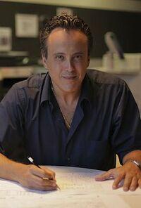 Javier Pineda.jpg